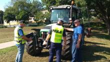 PIP OIP Poznań, KWP i KRUS wspólnie kontrolują pojazdy rolnicze poruszające się po drogach publicznych